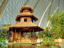 Bali-Pavillon_im_Tropical_Islands_Tropendorf11111